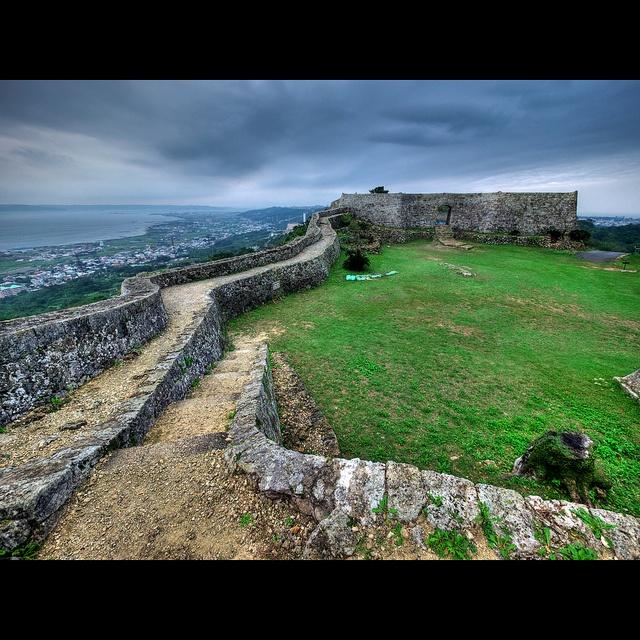 Okinawa Travel: Nakagusuku Castle Ruins |Okinawa Japan Ruins
