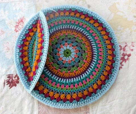 350 best crochet - cushions images on Pinterest | Crochet projects ...