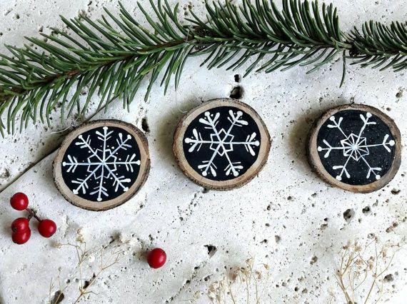 https://www.etsy.com/it/listing/399013817/set-3-fiocchi-di-neve-dipinti-su-fetta