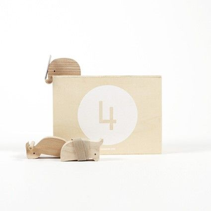 Pour designerbox les designers out of stock imaginent des accessoires décoratifs dans leur box en édition limitée un objet déco pour la maison ou le