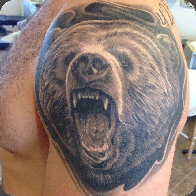 17 melhores ideias sobre tatuagens urso pardo no pinterest ursos ursos pardos e ursos marrons. Black Bedroom Furniture Sets. Home Design Ideas