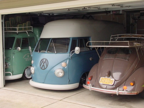 nice garage vw type 2 pinterest vw bus beetles and bus camper. Black Bedroom Furniture Sets. Home Design Ideas