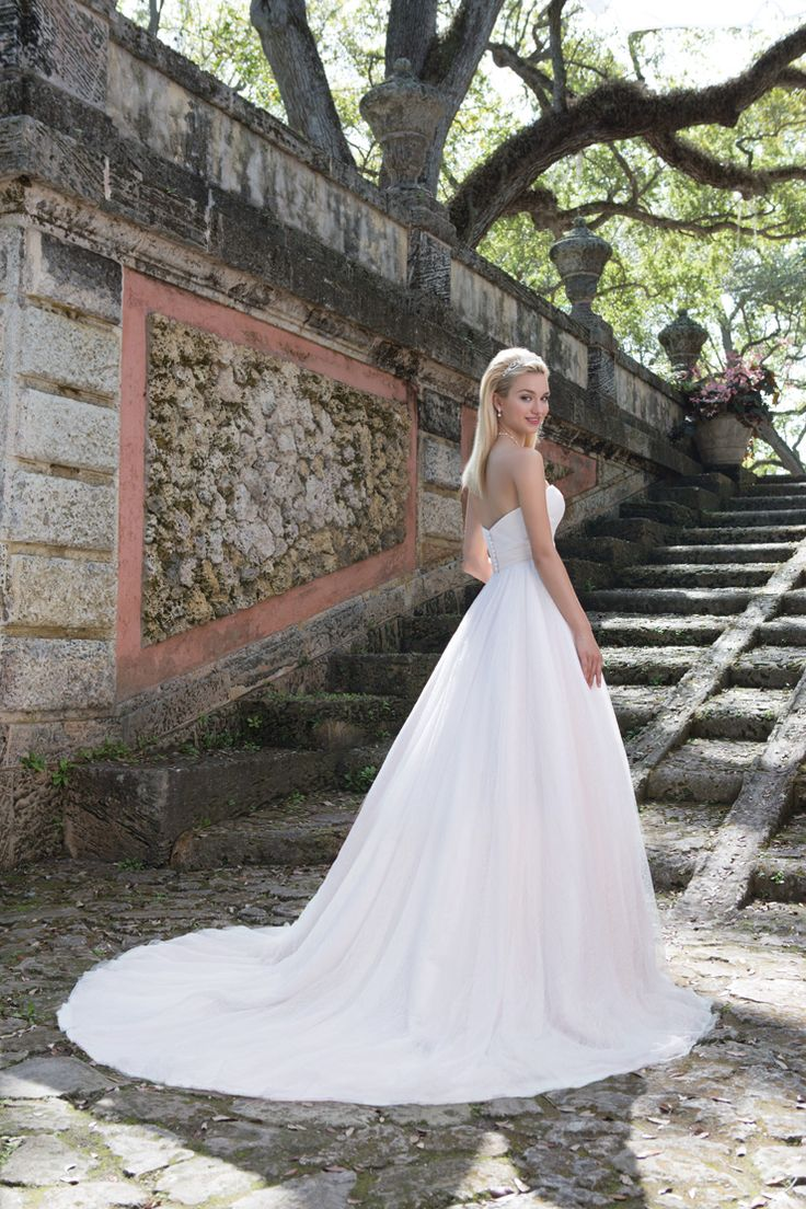 Sincerity Bridal Spring 2016 Wedding Dresses | itakeyou.co.uk #weddingdress: