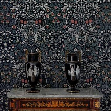 William Morris I House of Hackney Blackthorn Tapet I Engelska Tapetmagaisnet.se