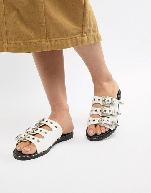 0121a3e8be83 PrettyLittleThing Western Buckle Slider Sandals