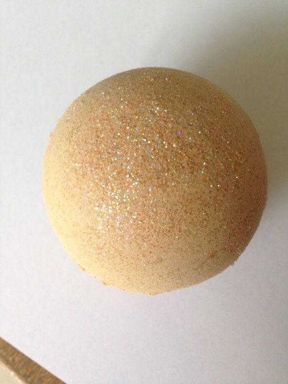 Peach Zinfandel Bath Bomb/Golden by StefaniaValentiiBath on Etsy