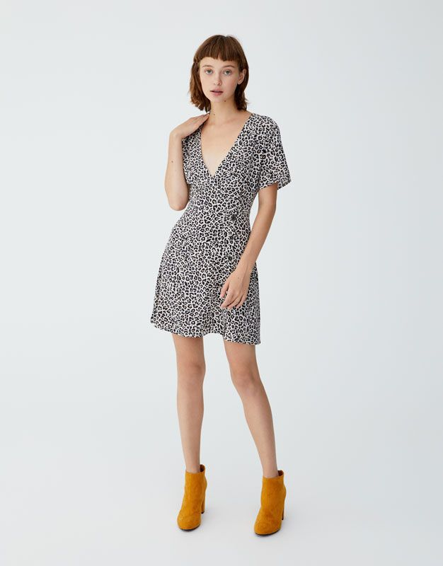 2ccccaf2accf Crossover mini dress with buttons - pull bear