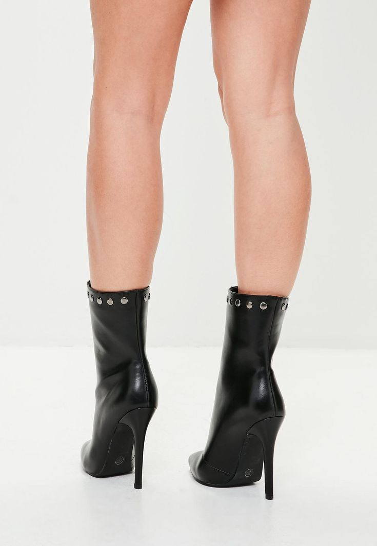 Missguided - Black Dome Faux Leather Pointed Ankle Boots