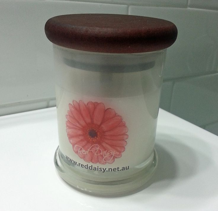 Medium Glass Jar has a burn time of approx 30 hours and features soy wax and a cotton wick. Available in a variety of scents.