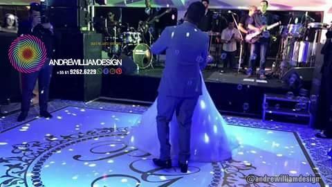 Adesivo para dança  noivos 15 anos Fifteen Wedding Party Dancefloor Adesive Adesivo de pista de dança com design exclusivo e instalação perfeita. Como um tapete. Brasília-DF #casamento #noiva #noivas #bride #wedding #decor #decoration #decoracao #luxo #brasilia #df #bsb #casamento #wedding #dancadosnoivos #design @andrewilliamdesign Orçamentos 61 992626229
