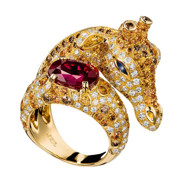 ザラファ リング, a Maison Boucheron Jewelry creation. A Boucheron creation tells a Story, that of the Maison and your own.