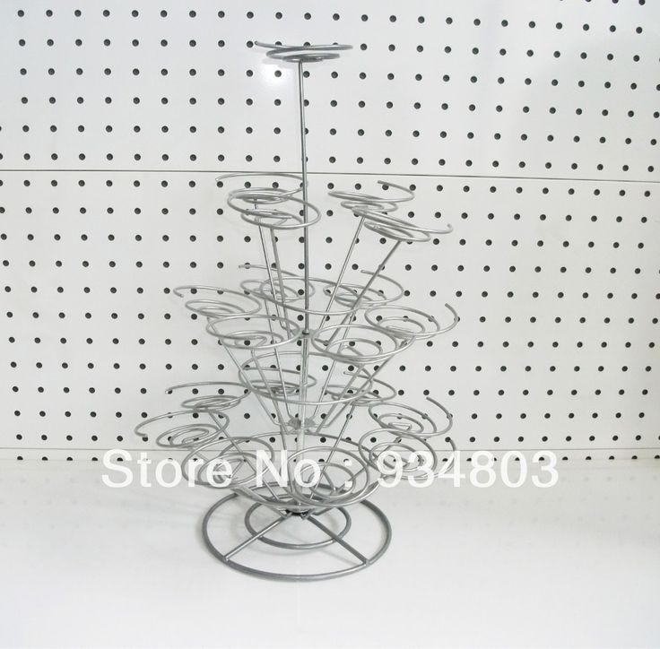 High-quality metal cupcake stand stree with 3 tiers to hold 13 wedding cupcakes $20.00