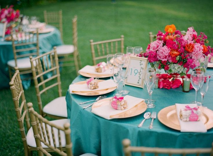 turquoise, teal, gold, hot pink, pink wedding, magenta wedding, peony, pink peony, gold chargers, gold wedding, low centerpiece // Events by Satra // em the gem // Floral Design Studio