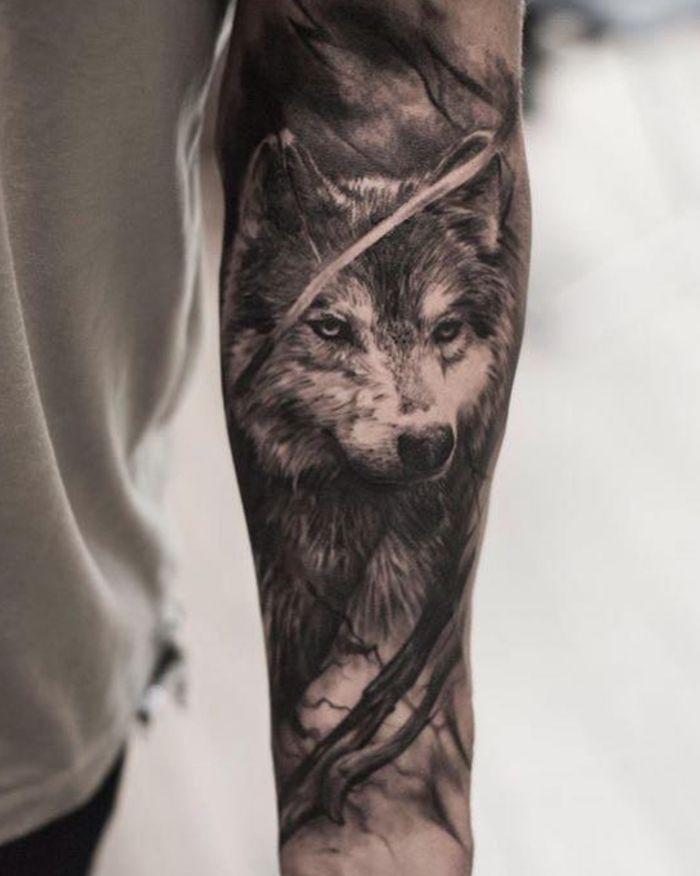 Tatuaje Lobo Tatuaje En El Antebrazo Hombre Estilo Realista