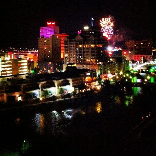 downtown reno fireworks july 4th 2012