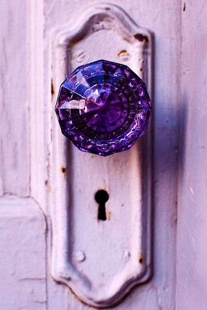 I Love Gl Crystal Door S And Purple Is My Favorite Color Would Never Use A But That Doesnt Mean Its Not Fabulous
