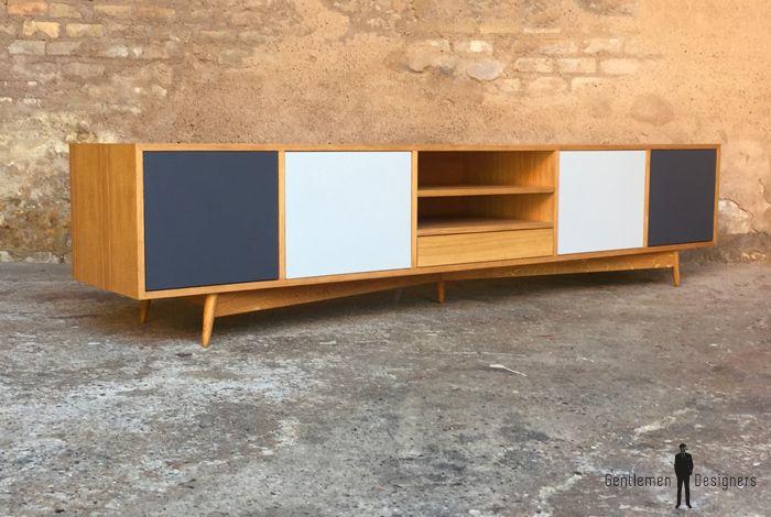 Meuble Tv Enfilade 5 Espaces Comprenant Des Portes Et Des Niches En 2020 Decoration Maison Mobilier Design Decoration Interieure