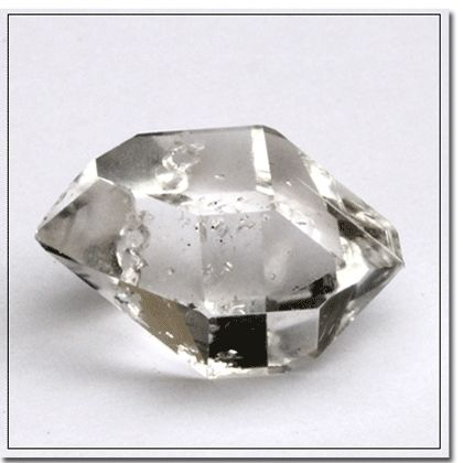 Herkimer Diamond – amplifies spiritual energy, exceptional healing crystal, useful in meditations, dream and vision work, and psychic awareness. It is a powerful purifier and corrects imbalances. It activates the Third Eye and Crown chakras, enhances clairvoyance, and helps recall past life information.