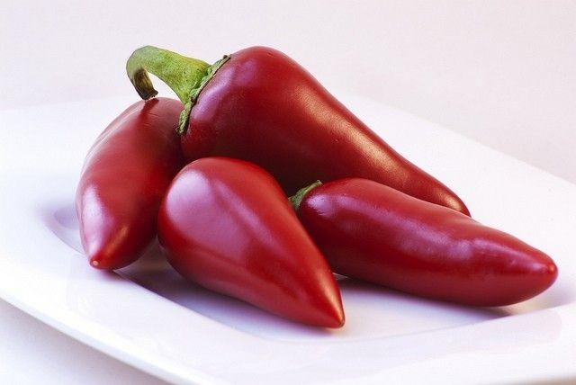 Conserva di peperoncini piccanti sott'olio