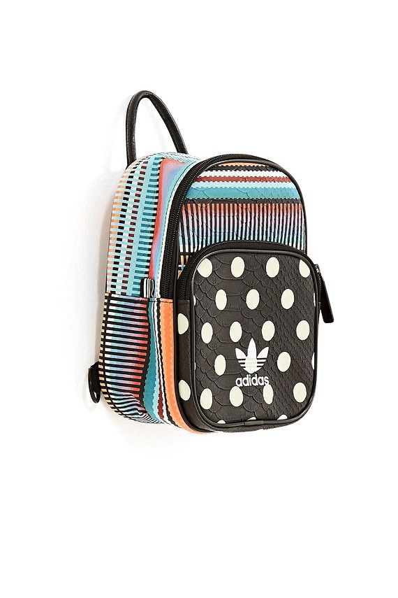 b8aa057fd3db mochila mini poá Mini Backpack