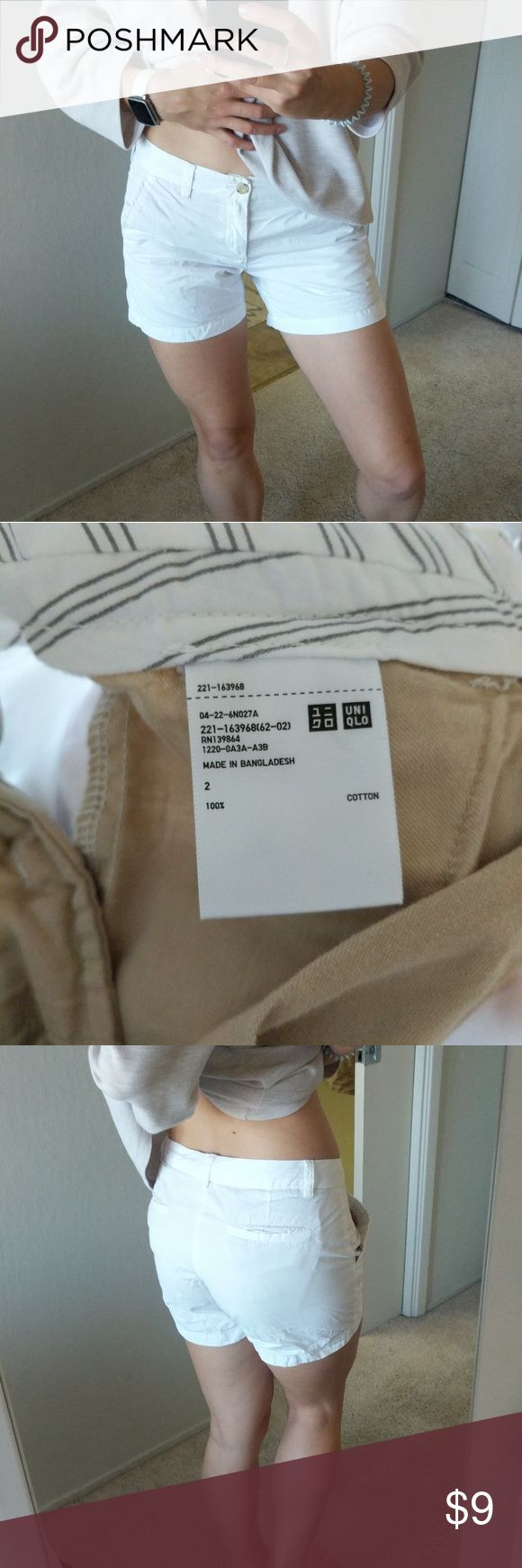 Uniqlo chino shorts Uniqlo chino shorts  - size 2, will fit size 4 - white - 100% cotton - excellent condition Uniqlo Shorts
