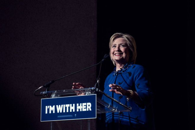 Clinton Owns Silicon Valleys Vote Now That Bloombergs Out