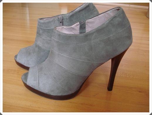Loja de hoje: Shoestock! Amigas queridas, queria dividir com vocês a minha experiênciaem comprar no site da Shoestock. Pra quem não conhece, é uma loja de calçadossuper bacana que só tem em São Paulo. E que triste ver os modelos nas revistas, ou na net mesmo e saber que não tem a loja física por …
