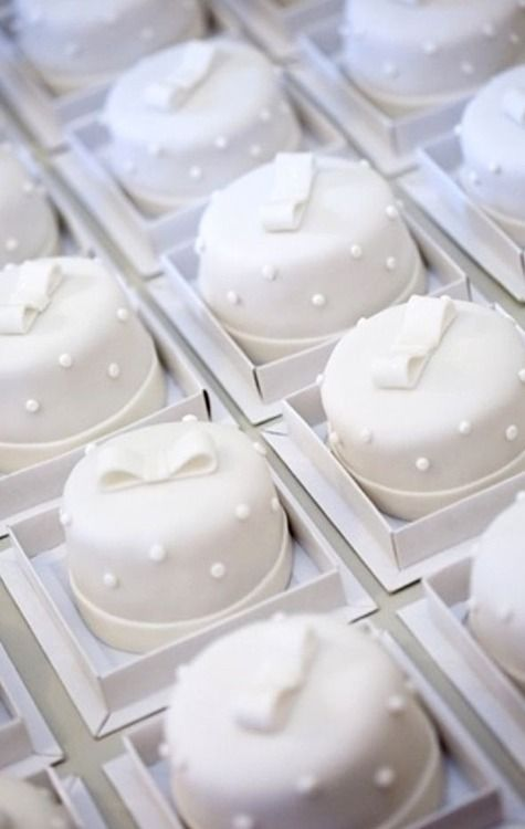 Individual white cakes. Lovely for take-home wedding favors.