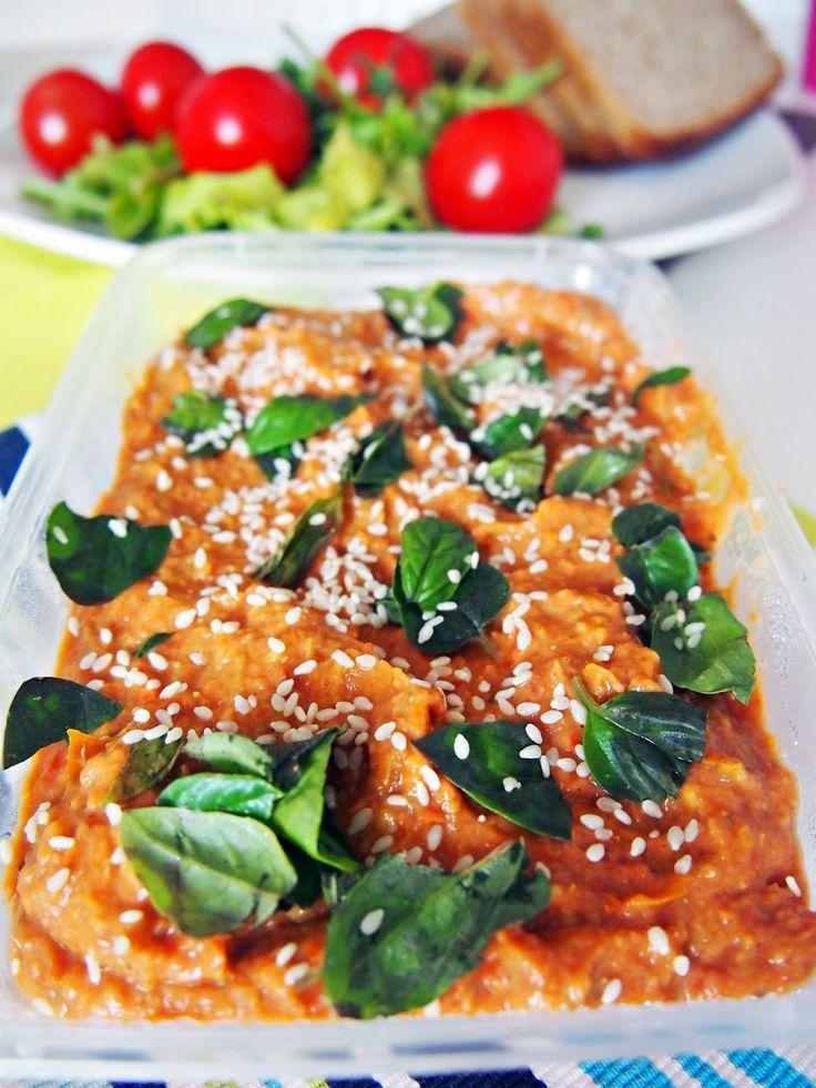 Pasta z suszonych pomidorów i papryczek chilii konserwowych  #dip #vegan #pasta #wegańskie