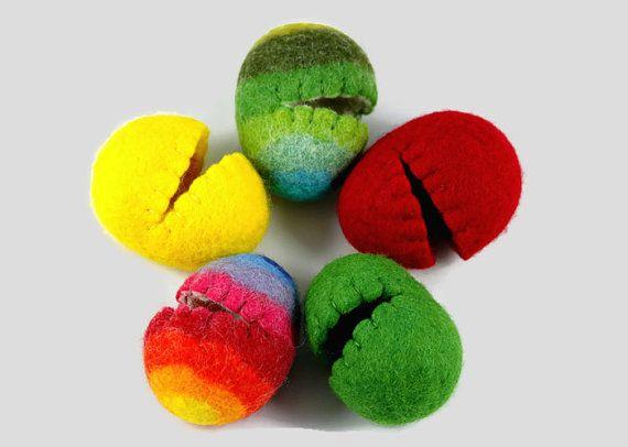 Hollow Easter Eggs - Felted Eggs - Easter Decor - Wool Easter Eggs - Easter Decorations - Set of 5