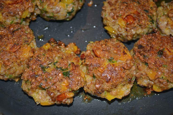 smacznie mi - jedzenie bezglutenowe: Bezglutenowe, wegańskie kotlety gryczane