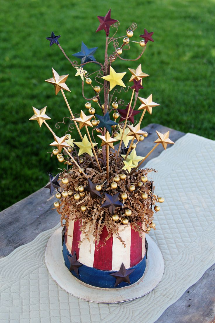 4th of July Crafts: Patriotic Uncle Sam Centerpiece