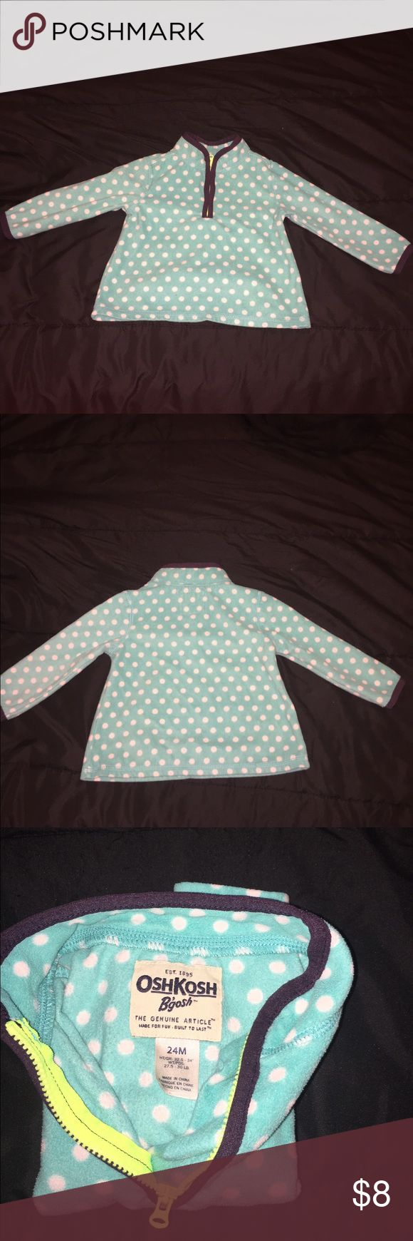 Girls polka dot fleece pullover Girls polka dot Oshkosh B'Gosh pullover | Size 24M | Good Condition Shirts & Tops Sweatshirts & Hoodies