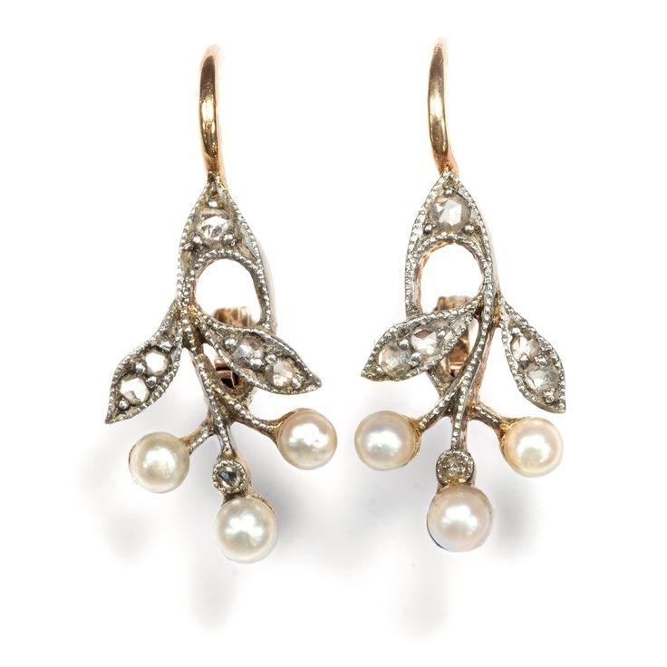 Art Nouveau fürs Ohrläppchen - Jugendstil Ohrringe mit Diamanten & Naturperlen, Deutschland um 1900 von Hofer Antikschmuck aus Berlin // #hoferantikschmuck #antik #schmuck #antique #jewellery #jewelry
