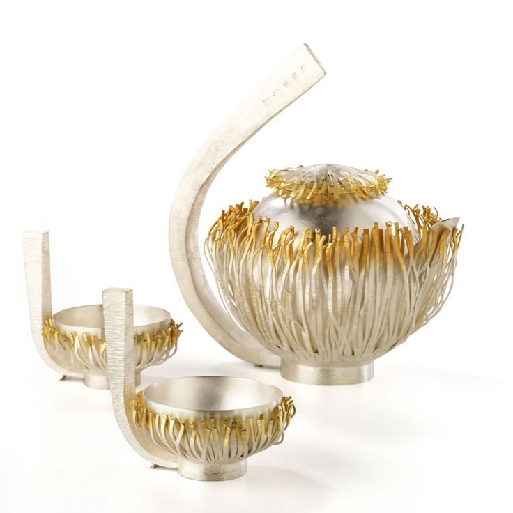Sarah Hutchison's gold and silver fringed teapot - Silver of the Stars
