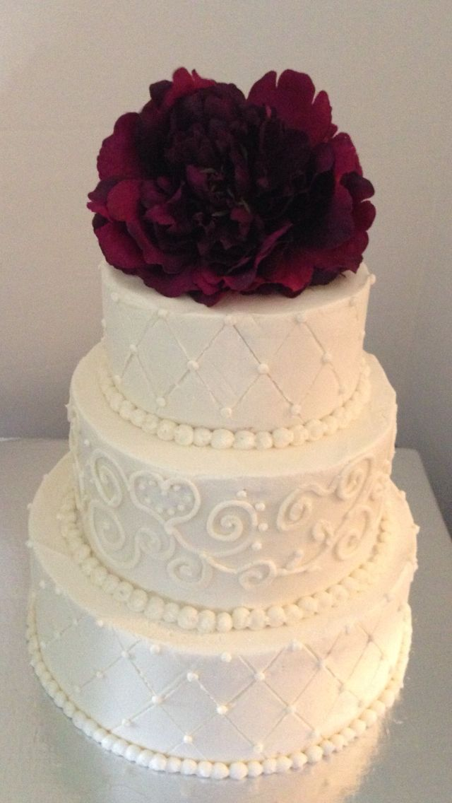 Cake Decorating Quilt Design : 17 Best images about Buttercream wedding cake on Pinterest ...