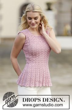 """Knitted DROPS top with lace pattern in """"Muskat"""". Size: S - XXXL. ~ DROPS Design"""