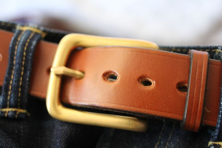 """Oxford Tan West End, satin brass buckle, 7 holes spaced 3/4"""""""