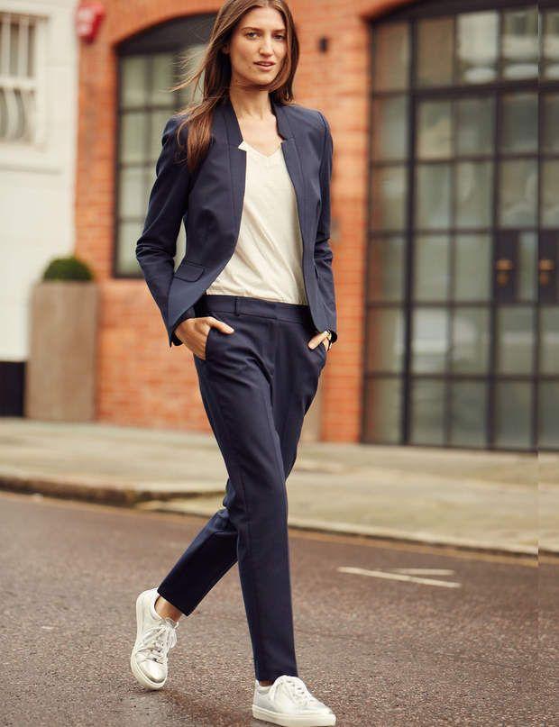 ModerneVeste blazer t-shirt en coton et pantalon cigarette, 139 €, 19 € et 79,95 €, le tout Burton of London