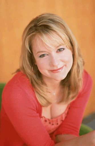 Claudia Finnerty played by Megyn Price on Grounded for Life