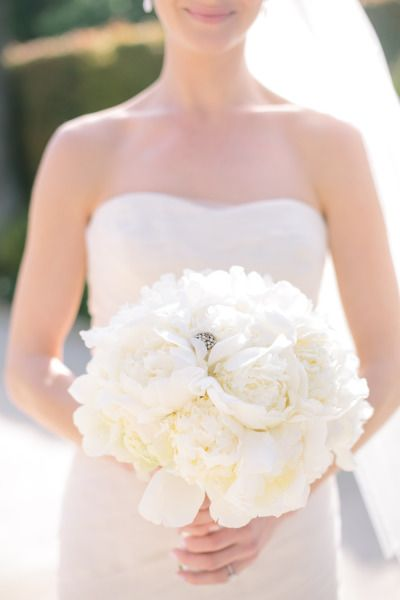 Bouquet - all white peonies