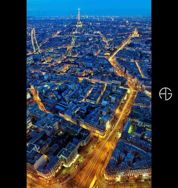 Tour Eiffel Depuis La Tour Montparnasse (the Restaurant, Le Ciel De Paris,  Has