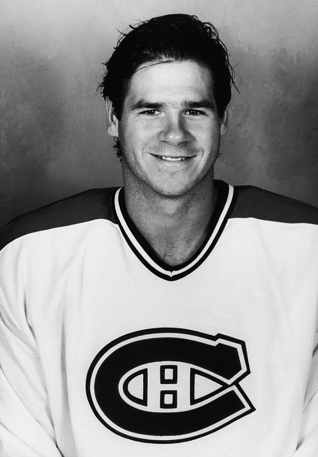 Benoit Brunet : Le Tricolore a mis la main sur ce joueur originaire de Pointe-Claire en le sélectionnant en 2e ronde, 27e joueur au total, lors du repêchage amateur de 1986. Avant de se tailler un poste régulier dans la LNH, il a disputé quatre saisons dans la Ligue américaine dont une, en 1988-1989, où il a terrorisé les gardiens adverses en récoltant 117 points, dont 76 aides, aux côtés de son futur coéquipier avec les Canadiens Stéphan Lebeau.