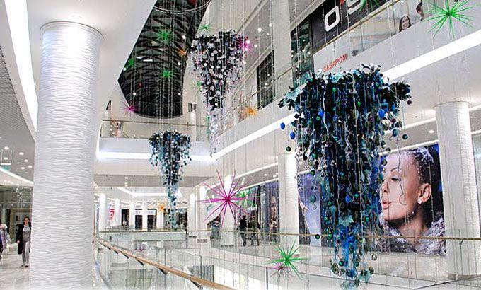 Оформление витрин, фасадов, магазинов, торговых центров, выставок - SCORPIO - Магазин подарков, декора, иллюминации