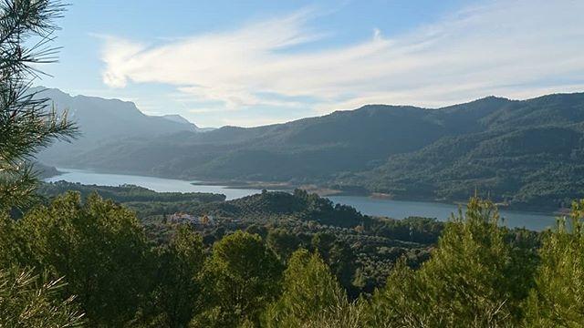 La Sierra Del Segura En Jaén Tiene Rincones Tan Bonitos Como Este Mirador Natural Landmarks Landmarks Nature