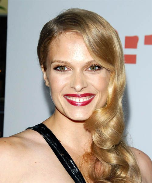 Vinessa Shaw Hairstyle 2014