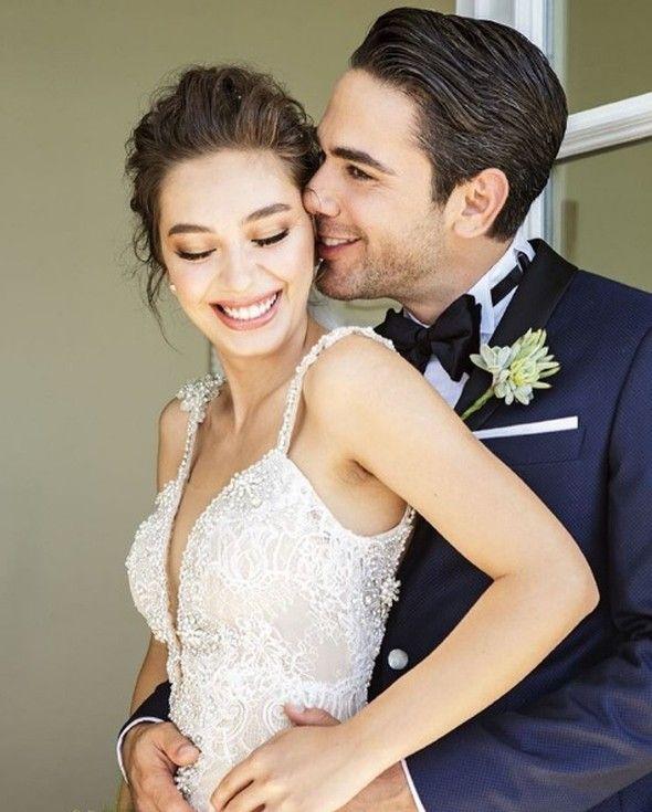 Neslihan Atagül ve Kadir Doğulu evlendi. Allah mesut etsin diyelim bizde.