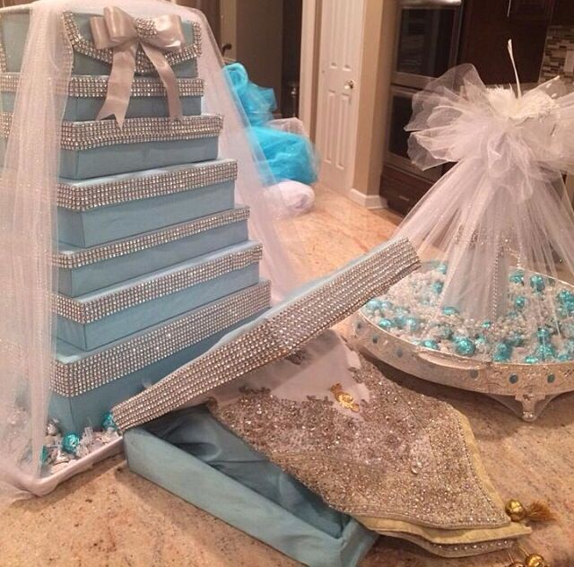 Afghan Engagement Tiffany blue Arrangement