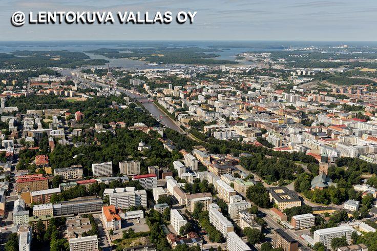 Turun kaupunkia Ilmakuva: Lentokuva Vallas Oy