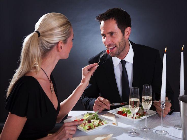 Das Perfekte Geschenk für den/die perfekte Partner/in  Das Perfekte Geschenk für den/die perfekte Partner/in zum Valentinstag, zum Jahrestag, Geburtstag, zum Kennenlerntag, Hochzeitstag oder einfach so, um den/die Partner/in eine nette Geste zu geben und die Liebe wieder frisch aufleben zu lassen.Mit einem Candle Light Dinner kann man seinem Partner eine schöne Überraschung bereiten.